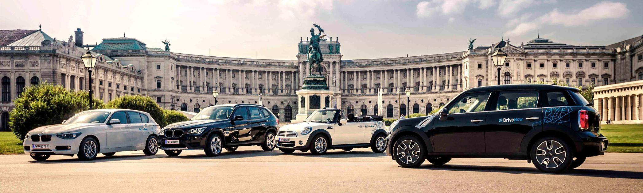 Die DriveNow Flotte auf dem Heldenplatz in Wien